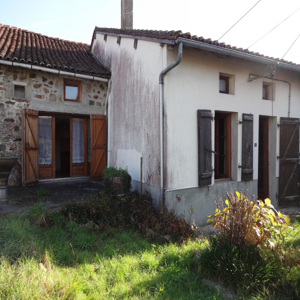 Offres de vente Maison de village Mézières-sur-Issoire 87330