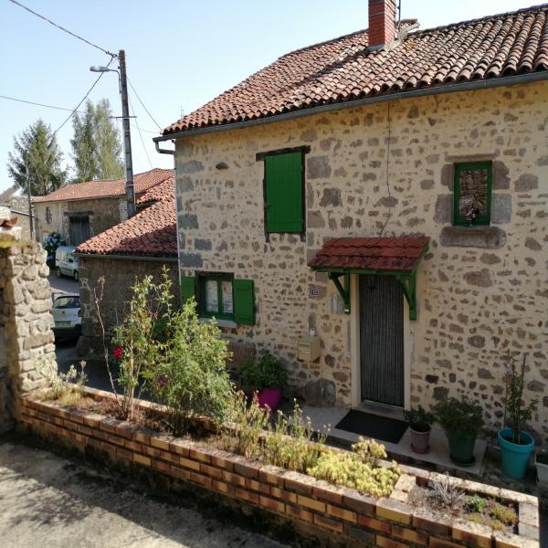 Offres de vente Maison de village Thiat 87320