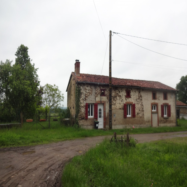 Offres de location Maison Saint-Barbant 87330